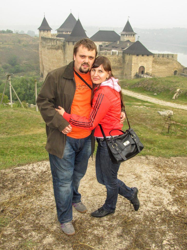 На фоні фортеці