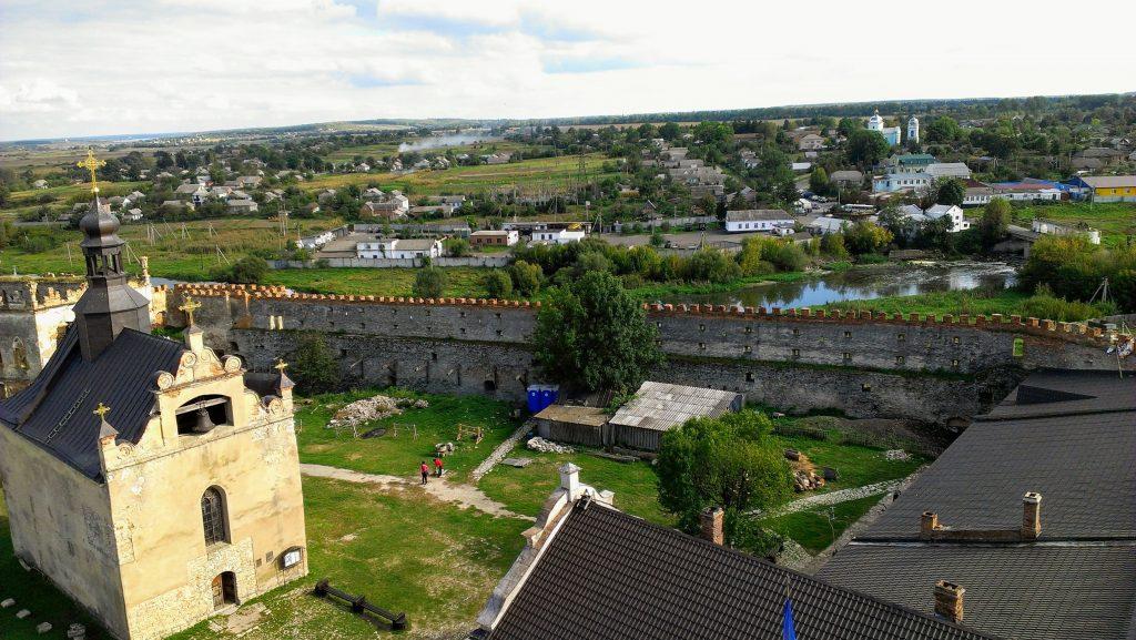 У фортеці